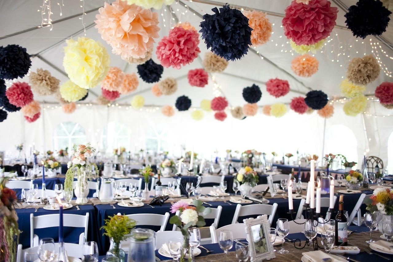 Украшение зала своими руками на свадьбу недорого